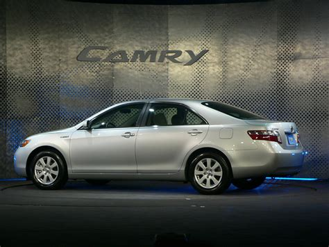 2007 Toyota Camry Recalls by 2007 Toyota Camry Rav4 Investigation For Door Fires