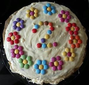 Kuchen 1 Geburtstag Mädchen : kuchen geburtstag m dchen smarties blumen kindergeburtstag pinterest birthday cakes tasty ~ Frokenaadalensverden.com Haus und Dekorationen