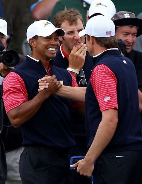 Tiger Woods clinches Presidents Cup for U.S.