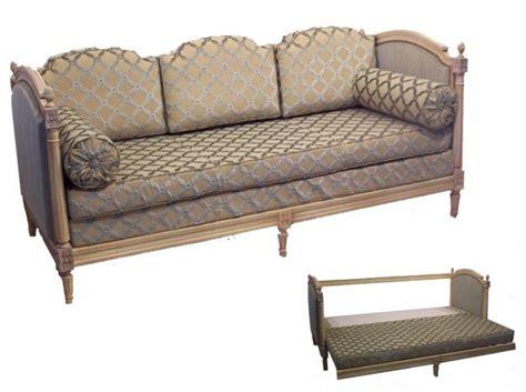 canapé de repos canapé lit de repos louis xvi en noyer couchage 180 x 90