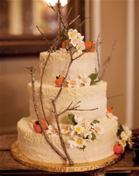 wedding dress outdoor wedding cakes