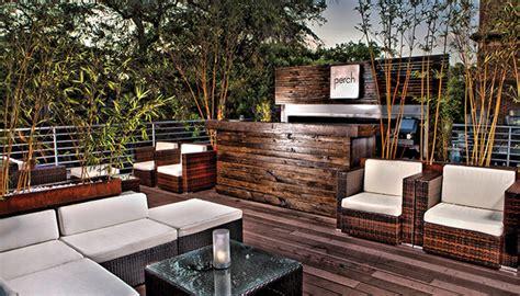 rooftop restaurants  visit  savannah  ambiance