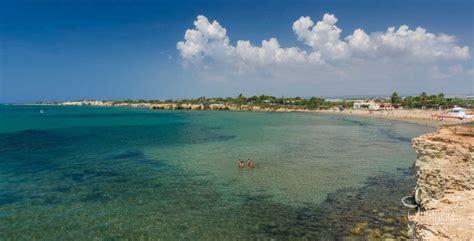 baia porto la spiaggia di porto ulisse ragusa sicilia