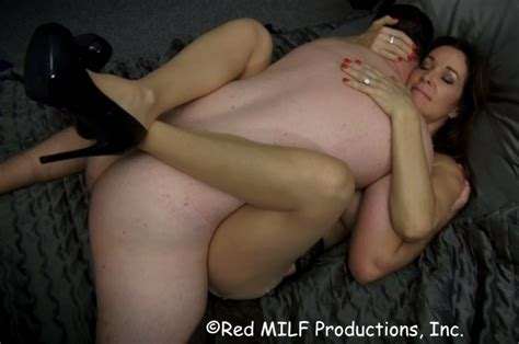 Son Cums Inside Mothers Pussy 101898 Mother Take Her Son D