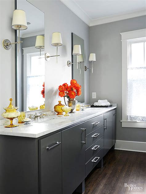 Best Color To Paint Bathroom Cabinets by Best Bathroom Colors Better Homes Gardens