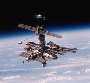 The Mir Space Station  An Unlikely Place For A Beautiful