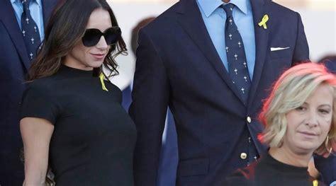 Tiger Woods and Girlfriend Erica Herman Walk Hand-in-Hand ...