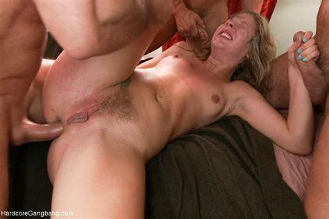 chastity lynn lesbian gangbang porno photos et moveis