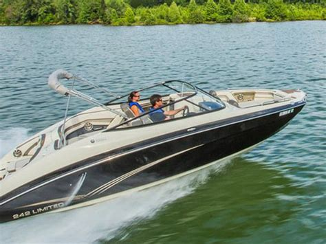 2015 Yamaha 242 Limited  Picture 626205  Boat Review
