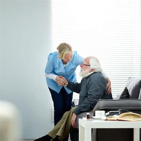 advantages  hiring senior assisted living services