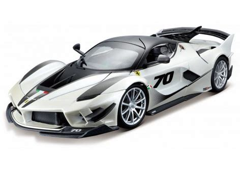 Ferrari fxx k evo hp the new steering wheel is easier to handle and even more suitable for intensive track use this video shows the first images of the fxx k with evo kit nearly 20 000 hp the cars of the xx programmes starring at the ferrari racing days at ferrari fxx k 18, image source: Bburago special edition - 1:18 - Ferrari FXX-K Evo #70 2018 - Parelmoer wit - Catawiki