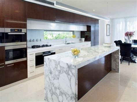 15 Modern Marble Kitchen Designs
