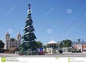 Weihnachten In Mexiko : weihnachten in mexiko redaktionelles stockfoto bild von kolonial 64343628 ~ Indierocktalk.com Haus und Dekorationen