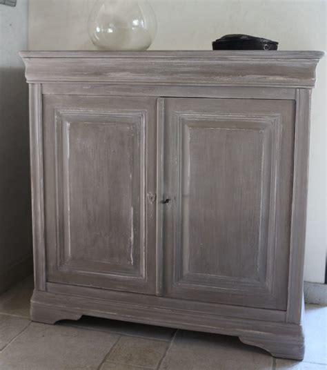 rénover un meuble avec de peindre un meuble en merisier peintures et enduits