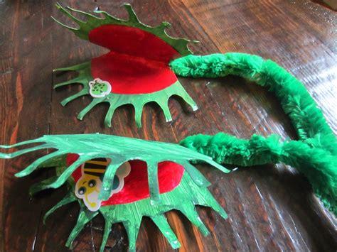 paper plate venus flytrap fun family crafts