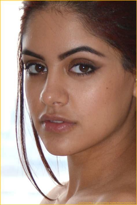 Mila Rose Tight Close Up By Saledin On Deviantart