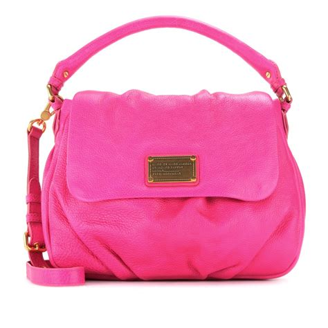 marc by marc lil ukita leather shoulder bag in pink
