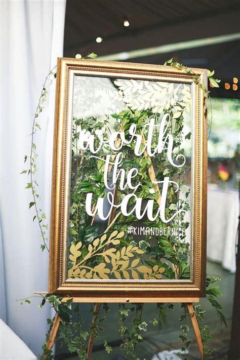 brilliant vintage mirror wedding sign ideas