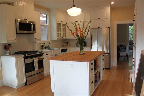 ambers bright  ikea kitchen