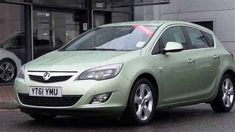 vauxhall green 2011 61plate vauxhall astra 1 6 16v sri 5dr auto inc