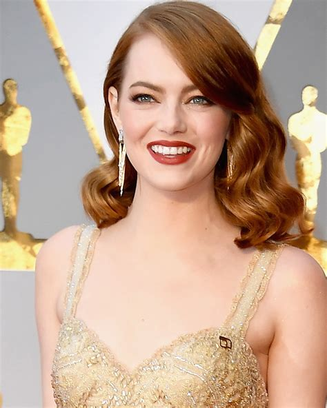 Create Emma Stone's Soft, Sultry Oscar Waves