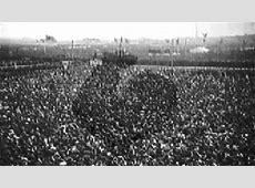 Adolf Hitler 1935, Speaks to crowd in Tempelhoff 21