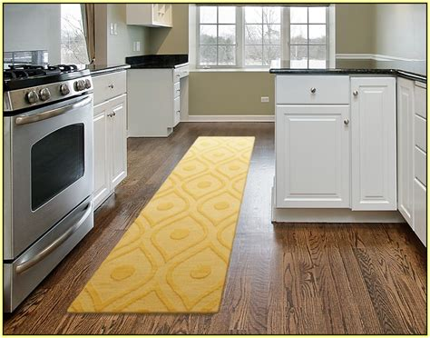 Kitchen Runners Rugs Washable Country White Kitchens Modern Wood Kitchen Table Callaway Oak Cabinets Tropical Design Primitive Black & Accessories Red Chairs Sale