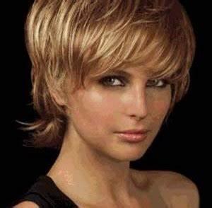 Coiffure Carré Court Dégradé : coiffure courte femme visage allonge ~ Melissatoandfro.com Idées de Décoration