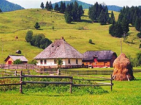 sat romanesc - Căutare Google | Vintage romania, Romania ...