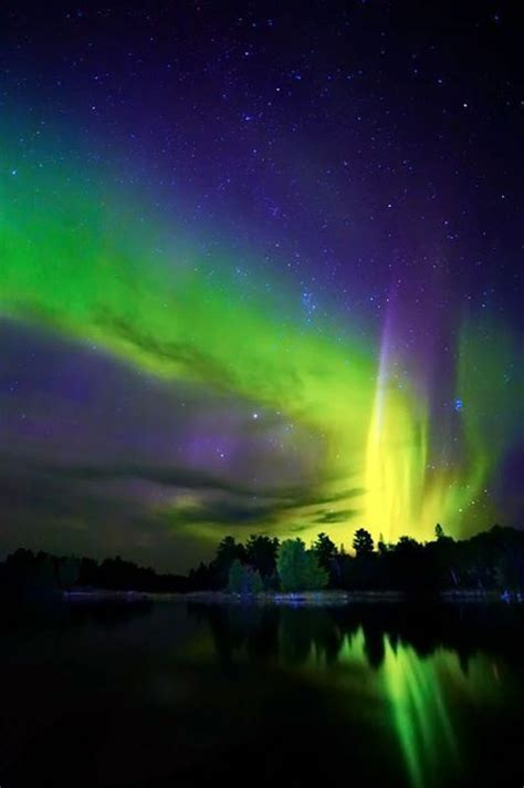 Northern Lights Minnesota by Rendezvous Northern Lights In Duluth
