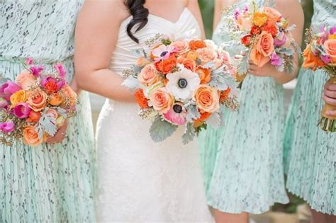 wedding flower color combos perfect  summer