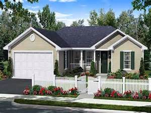 1 story open floor plans small one story cottages small one story house plans 1