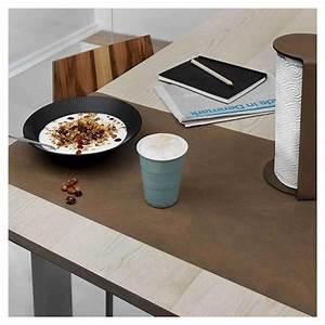 Chemin De Table Design : runner chemin de table cuir design lind dna ~ Teatrodelosmanantiales.com Idées de Décoration