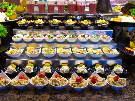 Noch lange nicht Schluss: Weiterverwendung von Speisen im Beilagen-Buffet - United Against Waste