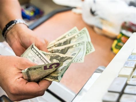 We did not find results for: Poll: Pay with cash or card for $5 purchase? - CreditCards.com