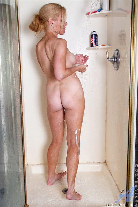 Blond MILF Georgie Gets Playful In The Bathroom MILF Fox