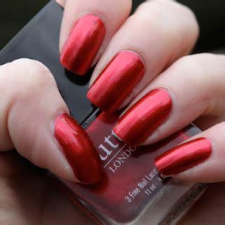 Красный лак на ногтях с точки зрения психолога. о чем говорит красный лак на ногтях и с чем носить?