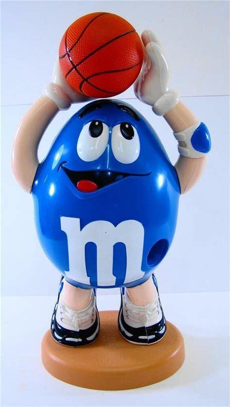 vintage large blue peanut mm basketball player mm candy