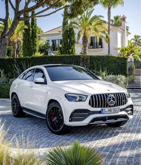Explore vehicle features, design, information, and more ahead of the release. 2021 Mercedes E400 Coupe - Car Wallpaper