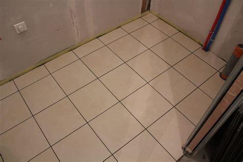une mousseline en cuisine carrelage blanc 40 x 40