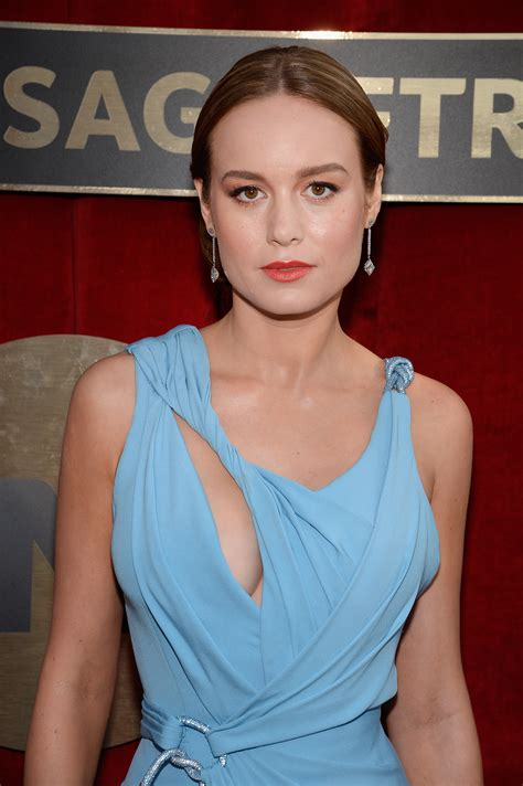 Brie Larson The Sag Awards Wears Very Unique