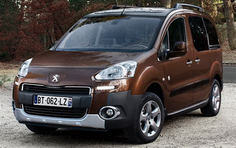 Peugeot Family by Peugeot Partner Tepee Family 4000 Euros De Reprise Au