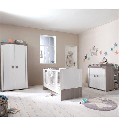 autour de bébé chambre davaus chambre winnie autour de bebe avec des