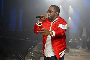 Puff Daddy aka Diddy Makes Surprise Appearance at ...