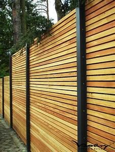 Design sichtschutz holz modern sichtschutz minimalistisch for Garten planen mit balkon alu holzoptik