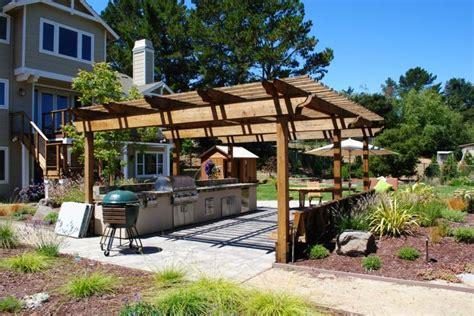 table de cuisine pour petit espace cuisine extérieure été 50 exemples modernes