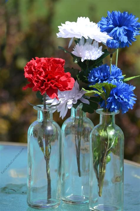 blue and white table centerpieces easy red white and blue table decorations on a budget katie talks carolina