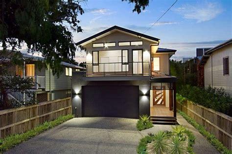 Narrow Lot Garage Houses