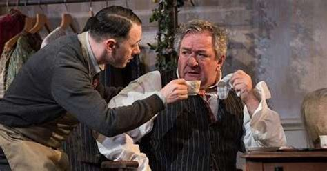 Theatre review: The Dresser - The Jewish Chronicle