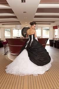 2011 morelle mariage nord pas de calais robes de mariees With achat robe de mariée avec bijoux turquoise